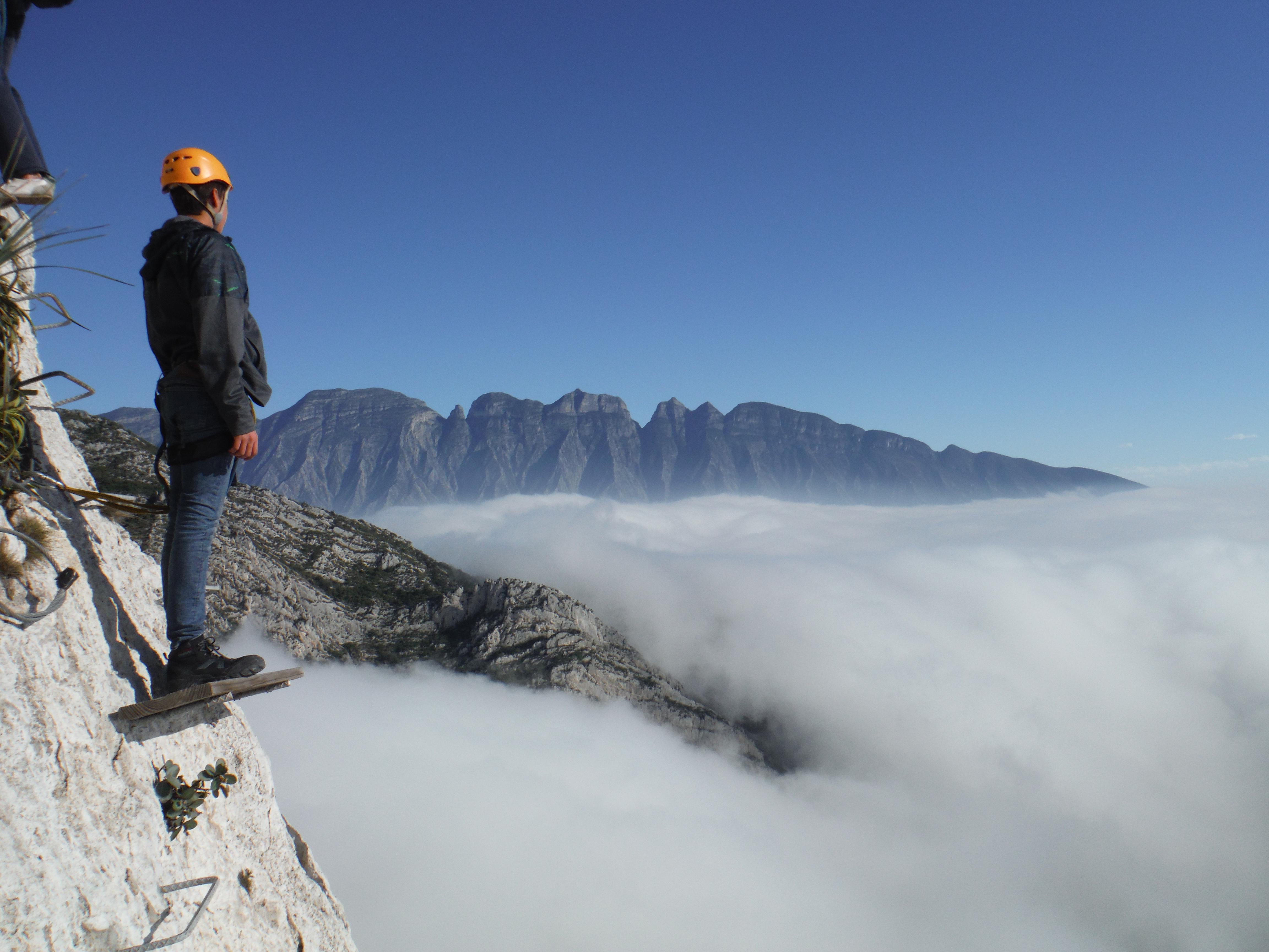Conquista con nosotros la cima de la Ruta Vértigo / Foto: GEO Aventura